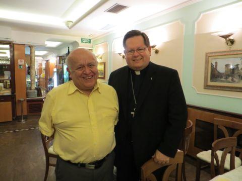 M José Prado Flores et Mgr Gérald C. Lacroix